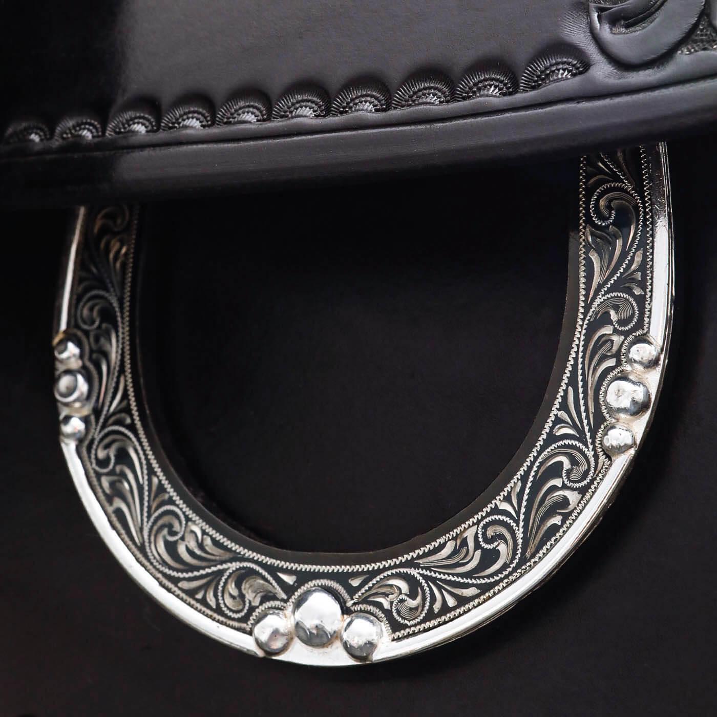 7G Sattel Meterialien Silber Leder