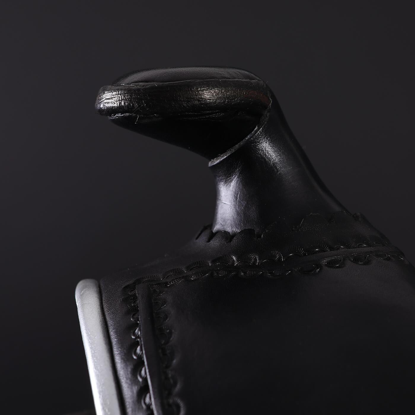 7G Sattel Materialien Leder